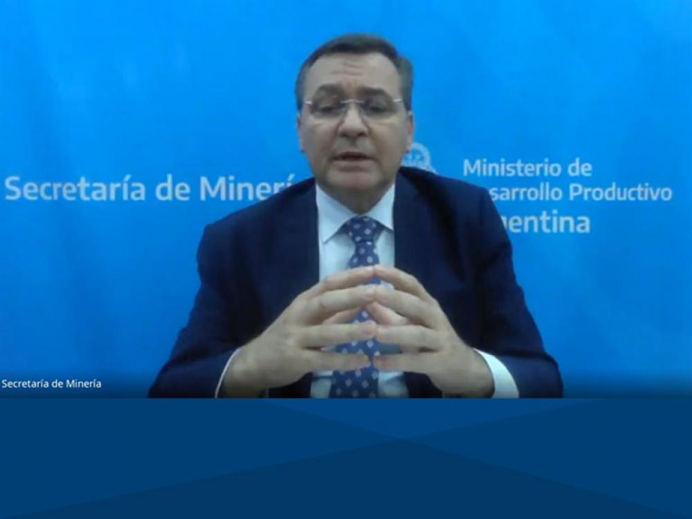 El Secretario de Minería de la Nación, Dr. Alberto Hensel, visita la UB